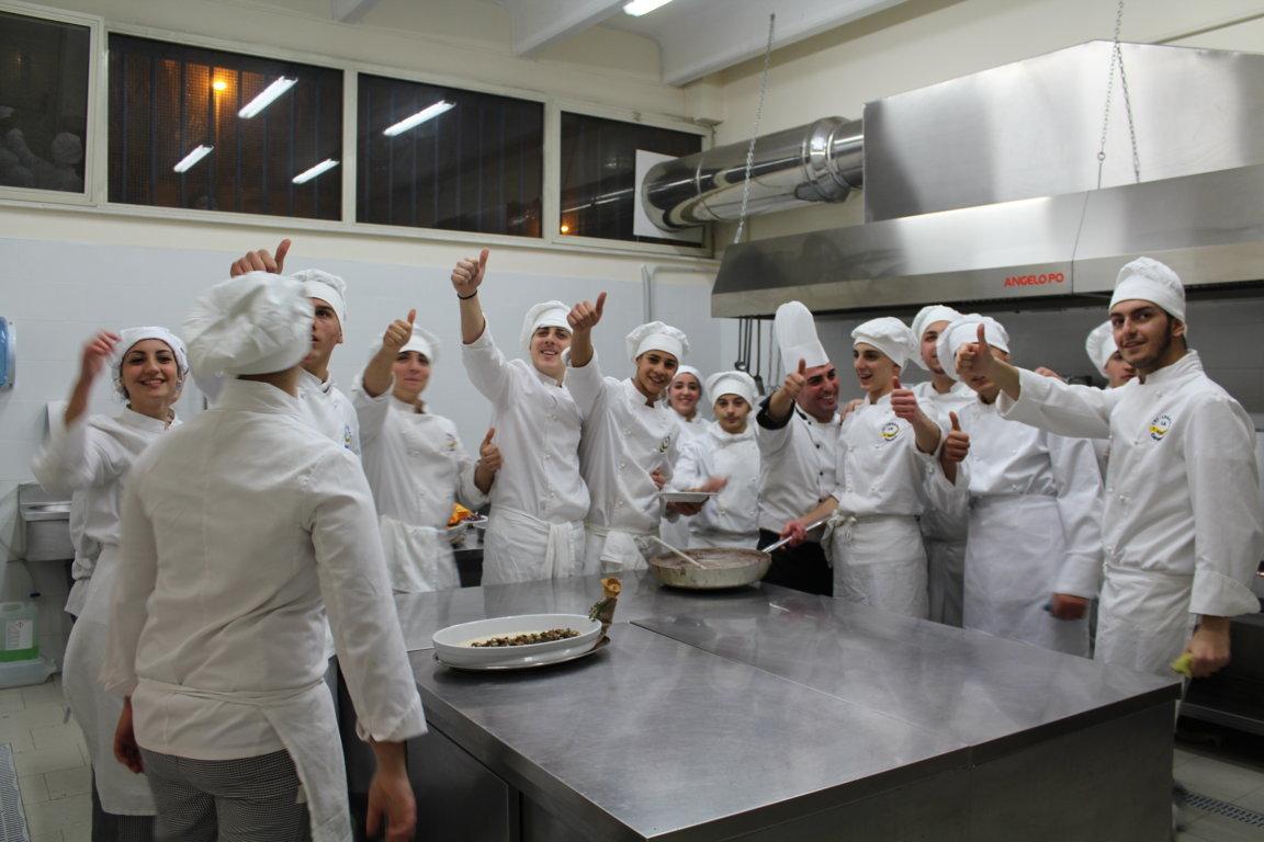 Incontro scuola famiglia terze ipseoa 15-12-2017 (75)